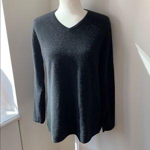 Central Park West black v-neck cashmere sweater